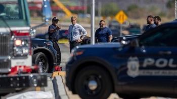 Nhiều cảnh sát 'sốc' khi đến hiện trường vụ rơi khinh khí cầu tại Mỹ