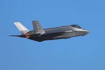 Phi công F-35 bị cấm tham gia các cuộc giao tranh với Su-35 của Nga?