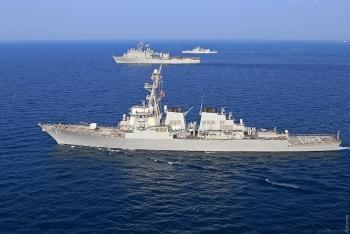 Mỹ nói gì sau tin đồn điều tàu khu trục hướng tới bán đảo Crimea?