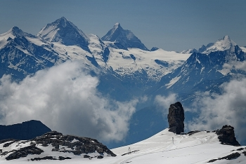 Máy bay tại Thụy Sỹ rơi từ độ cao hơn 3.000 mét, 4 người thiệt mạng