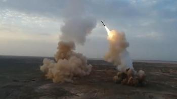 Video: Iran bất ngờ phóng tên lửa đạn đạo được nguỵ trang từ trong lòng đất