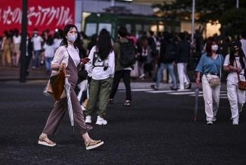 Nhật Bản ghi nhận ca nhiễm COVID-19 cao kỷ lục, vượt 1.000 ca trong một ngày