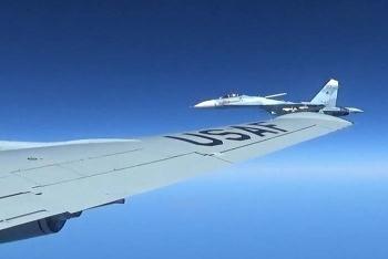Máy bay Nga xuất kích, truy đuổi trinh sát cơ Mỹ bay gần khu tập trận