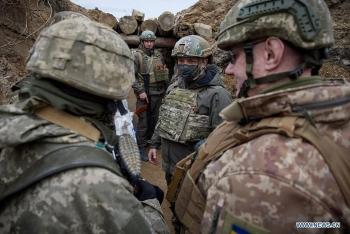 Phe ly khai phát động tấn công ở Donbass, liên tục 6 đợt nã đạn dồn dập