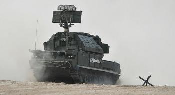 """""""Soi"""" sức mạnh của hệ thống tên lửa phòng không Tor-M2 hiện đại bậc nhất của Nga"""