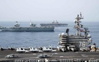 Hai tàu sân bay của Mỹ và Anh lần đầu tiên tập trận chung ở Ấn Độ Dương