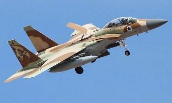 """Tên lửa hệ thống 'Vòm Sắt' Israel suýt hạ gục F-15 của """"quân nhà"""""""
