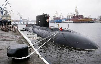 Tàu ngầm Nga vượt qua bãi mìn thành công trong cuộc tập trận ở Biển Đen