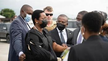 Phu nhân cố tổng thống Haiti bất ngờ về nước