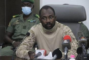 Tổng thống Mali bị hai nghi phạm ám sát bằng dao