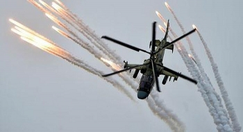 Trực thăng tấn công Ka-52M tung đòn xa trăm km, đánh trúng điểm yếu xe tăng