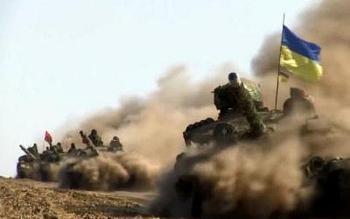 Xe tăng chủ lực T-64 Ukraine nã nhầm đạn vào khu dân cư