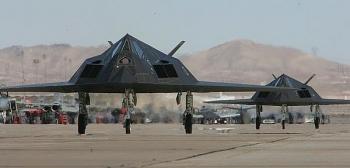 Mỹ bất ngờ huy động chiến cơ tàng hình F-117A  tham gia hoạt động đặc biệt