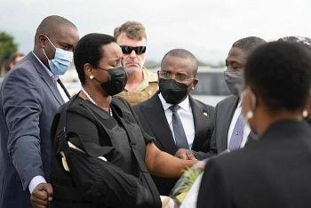 Vợ cố Tổng thống Haiti lên đường tới Mỹ