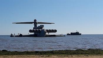 """Video: """"Quái vật biển"""" Ekranoplan phóng tên lửa diệt hạm, phô diễn uy lực kinh hoàng"""