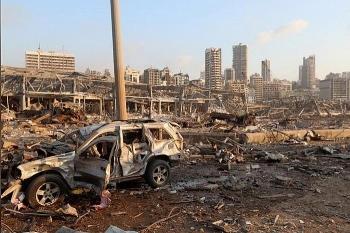 Khoảnh khắc kinh hoàng vụ nổ khiến 4.000 người thương vong ở Lebanon