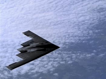 Đang căng thẳng với Trung Quốc, Mỹ bất ngờ điều 3 máy bay ném bom tàng hình tối tân tới Ấn Độ Dương