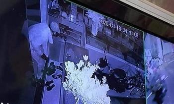Tiệm vàng ở Hà Nội bị trộm đột nhập đánh cắp 350 cây vàng và nhiều tiền mặt