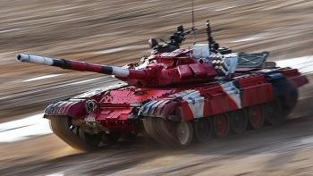 Video: Xe tăng Nga lao như tên bắn với vận tốc 80 km/h, phá kỷ lục tại Army Games