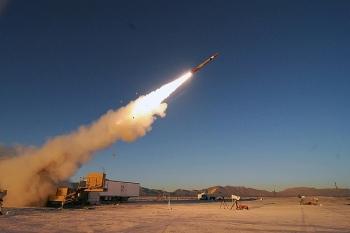"""Phiên bản """"xịn"""" nhất của tên lửa Patriot bắn nhầm mục tiêu"""