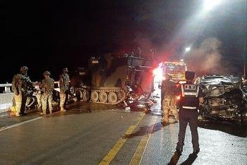 4 người Hàn Quốc tử vong sau khi va chạm với xe bọc thép của Mỹ trong đêm