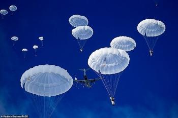 Thiết bị đặc biệt giúp lính dù Nga 'hạ cánh' chính xác