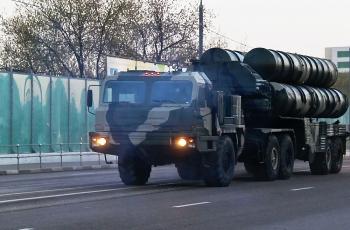 Belarus mong muốn sở hữu hệ thống tên lửa tối tân S-400 của Nga