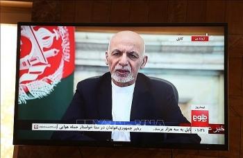 Tổng thống Afghanistan tiết lộ đang đàm phán về việc quay trở lại đất nước