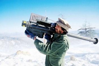 Taliban và Al-Qaeda chiếm được hàng trăm tên lửa đất đối không?