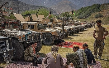 Quân kháng chiến ở thung lũng Panjshir nhận đợt viện trợ quân sự đầu tiên