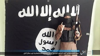 """IS tuyên bố đã """"xuyên thủng"""" hàng rào an ninh do Mỹ và Taliban dựng nên"""