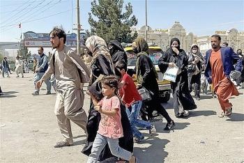 Đại sứ quán Anh để sót tài liệu quan trọng tại Afghanistan khi sơ tán