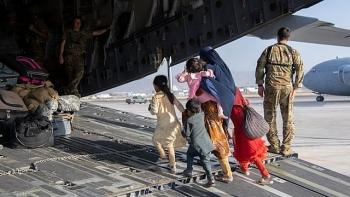 Hoa Kỳ cảnh báo công dân khẩn cấp tránh xa sân bay Kabul