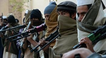Taliban đã triển khai lực lượng xung quanh sân bay Kabul, chuẩn bị chờ lệnh tiếp quản