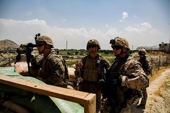Quân đội Hoa Kỳ bắt đầu rút khỏi sân bay Kabul