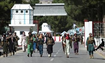 Hàng loạt rocket nã thẳng sân bay Kabul khi Hoa Kỳ đang gấp rút sơ tán