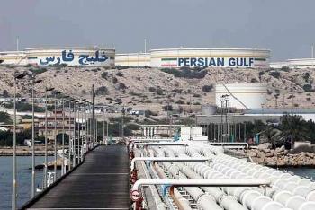 Mỹ thẳng tay trừng phạt hàng loạt công ty giao dịch dầu với Iran