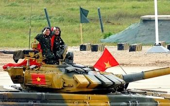 """Vỡ òa khoảnh khắc đội tăng Việt Nam vô địch """"Tank Biathlon"""" tại Army Games 2020"""