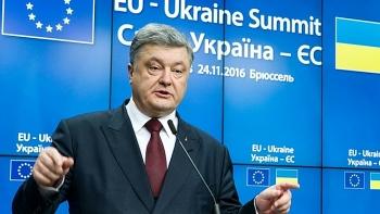 Kiev phản ứng mạnh mẽ khi Nga trừng phạt cựu Tổng thống Ukraine Poroshenko