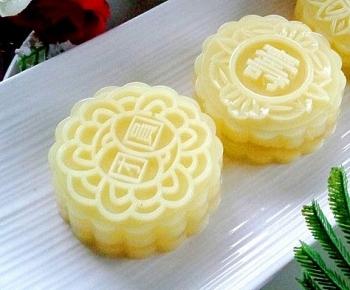 Cách làm bánh thạch trung thu nước dứa tươi ép giòn ngon, mát lạnh