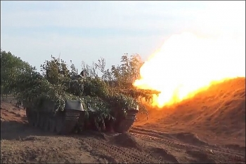 Video: Đặc công và tăng thiết giáp Nga tập trận ấn tượng