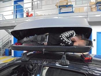 Cảnh sát châu Âu triệt phá đường dây buôn người quy mô lớn, giá 3.000 euro/lần vượt biên