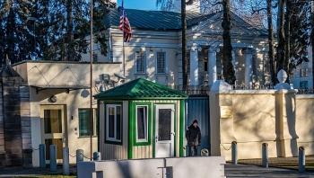 Hàng loạt nhân viên ngoại giao Hoa Kỳ bất ngờ rời Belarus
