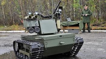 Nga lần đầu đưa robot chiến đấu 'Platform-M' tập trận