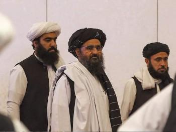 Nội bộ Taliban đấu súng kịch tính trong dinh tổng thống