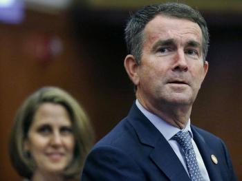 Mỹ: Thống đốc bang Virginia suýt trở thành mục tiêu trong một vụ bắt cóc