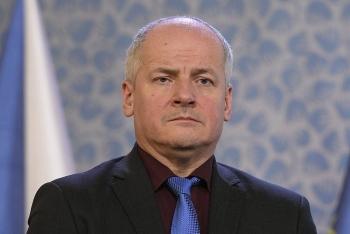 Thủ tướng Séc yêu cầu Bộ trưởng Y tế từ chức sau nhiều bê bối