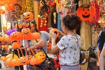 Halloween năm 2020 là ngày nào và Top những địa điểm vui chơi đặc sắc trong lễ Halloween?