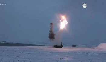 Cận cảnh tên lửa Onyx bay Mach 3 của Hải quân Nga diệt mục tiêu tại Bắc Cực