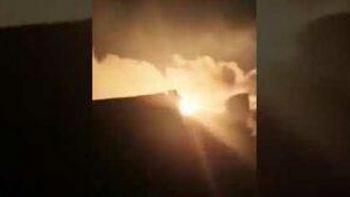 Nga dồn dập nã tên lửa tầm xa phá hủy điểm buôn lậu dầu ở Syria